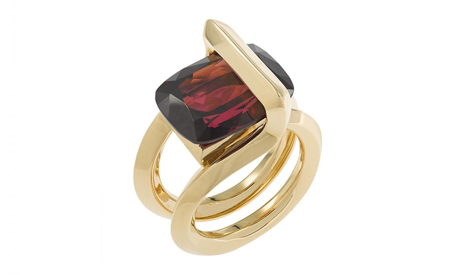 Ring number grenat Gold V2V PAris